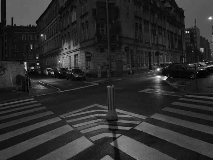 "Wystawa fotografii "" Dwa Miasta"" autorstwa Renaty Jeromin"